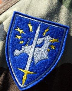 italienfrankreich_gruenden_gemeinsame_kampfeinheit_eurocorp_soldaten220100409162810.jpg